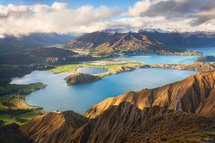 Grand view from Roy's Peak near Wanaka