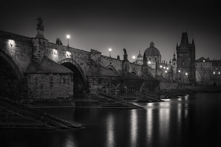 Nightly View slong Charles Bridge