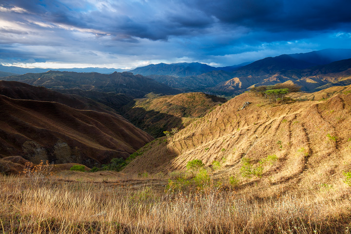 The mountains around vilcabamba as seen from the Izhcayluma trail