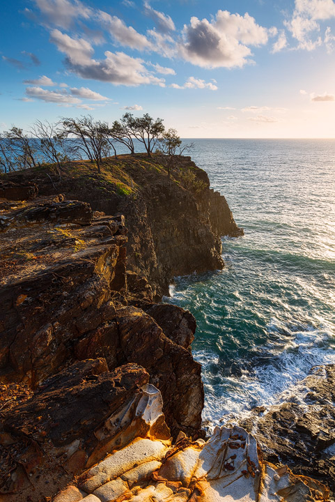 The steep cliffs near Devil's Kitchen at Noosa Heads