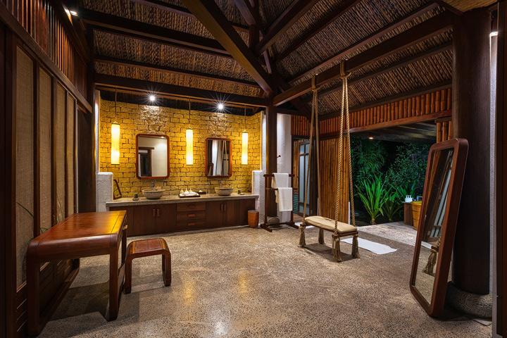 The interior of the L'Alyana Lagoon Villa