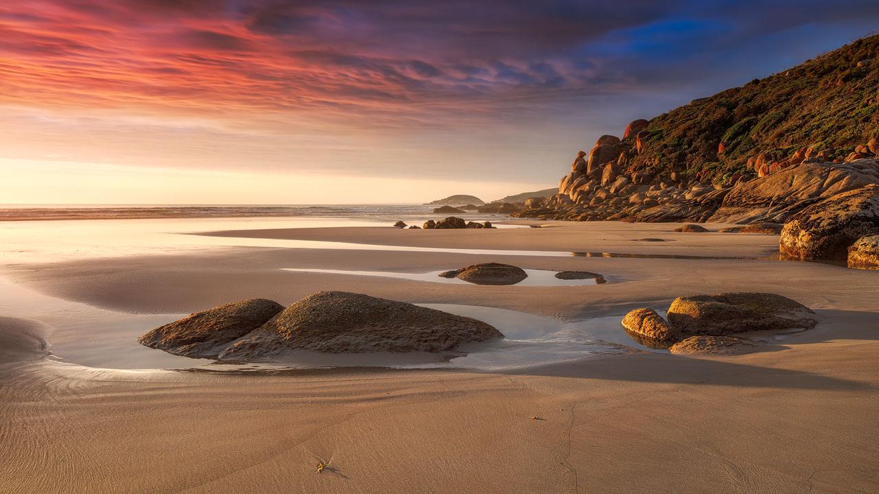 Australia - Beaches and Mountains